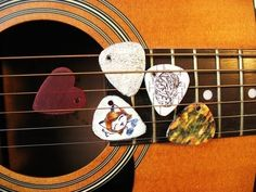 Customized Guitar Picks  •  Free tutorial with pictures on how to make a guitar pick in under 30 minutes