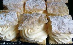 Žiadna zdĺhavá príprava, nič náročné a hlavne chutné. SUROVINY: 1 bal. – lístkové cesto 80 g – kukuričný škrob 500 ml – mlieko 100 g – kr. cukor 200 ml – smotana na šľahanie 2 lyžice – práškový cukor 6 plátkov – želatína 1 ks – vanilkový struk POSTUP: Lístkové
