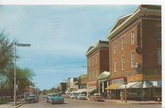 Worthington Minnesota Tenth Street Looking West Postcard