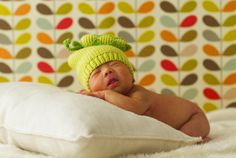 DIY: How to do a newborn photo shoot at home.