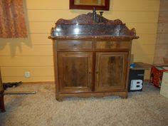 FINN – Antikke soveromsmøbler Buffet, Cabinet, Storage, Free, Furniture, Home Decor, Clothes Stand, Purse Storage, Decoration Home