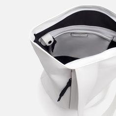 47 x 24 x 15 Modern Backpack, Designer Backpacks, Men's Backpack, Crossover, Detail, Bag Design, Bags, Satchels, Shots