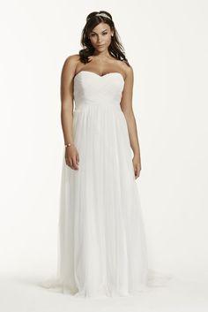 Novelty Dot Tulle Sweetheart Neck Plus Size Wedding Dress - Soft White, 22W