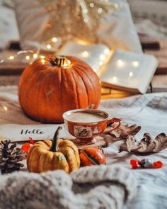 Image shared by Shorena Ratiani. Find images and videos about light, book and coffee on We Heart It - the app to get lost in what you love. Book And Coffee, Autumn Cozy, Autumn Fall, Autumn Coffee, Autumn Tea, Autumn Aesthetic, Cozy Aesthetic, Fall Pictures, Thanksgiving Pictures
