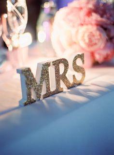 Weddingdecor, Winterviken, Stockholm, Sweden. Pink peonies, flowers, head table. Styling/ decorations Tina Grimstedt 2brides Photography