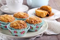 Flourless Morning Glory Muffins Author: Adapted from Running With Spoons Ingredients ¼ Cup creamy almond butter (or nut butter of choice – SOY works too) 1 Large ripe banana 1 egg ¼ Cup honey… Carrot Muffins, Healthy Muffins, Carrot Cake, Food Cakes, Healthy Baking, Healthy Treats, Muffin Recipes, Cake Recipes, Backen Baby