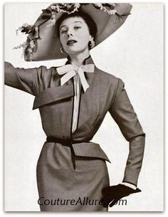 Jacques Fath (Maisons-Laffitte, 6 de setembro de 1912 - Paris, 13 de novembro de 1954) foi um estilista francês, considerado uma das três principais influências na alta-costura do pós-guerra, os outros dois sendo Christian Dior e Pierre Balmain.  http://sergiozeiger.tumblr.com/post/96986898848/jacques-fath-maisons-laffitte-6-de-setembro-de