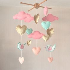 Baby mobile - Baby girl mobile - Cot mobile - Heart mobile - Cloud Mobile - Nursery Decor - Clouds, hearts and birds - Diy Mobile, Baby Mädchen Mobile, Cloud Mobile, Baby Bedroom, Baby Room Decor, Nursery Decor, Childs Bedroom, The Babys, Diy Bebe