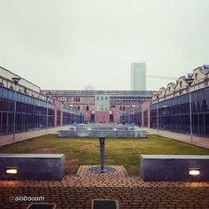 #Torino raccontata dai cittadini per #inTO  Foto di alobooom Geometrie al #Politecnico. cittaditorino #Polito