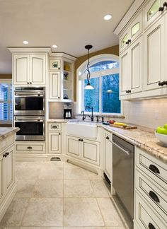 Corner Sinks In Kitchen With Windows Design Ideas, Pictures, Remodel and Decor