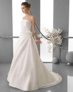 137 FILIPA / Wedding Dresses / 2013 Collection / Alma Novia