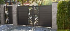 Comment composer son panneau Idaho ? House Design, Door Gate Design, Home Remodeling, Gate Wall Design, Wood Gate, Front Gate Design, Gate Design, Wall Design, Door Gate