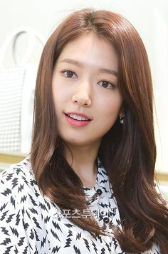 Park Shin Hye | 150515 BRUNOMAGLI Fan Sign Event