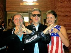 Sisters @Kendra Speak and @Shanna Helf throw what they know with Macklemore at GW Spring Fling!