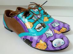 Take a look at the detail in these hand-painted shoes - PAWSOME!