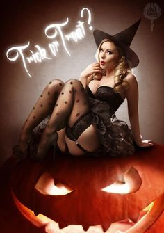 Pin-up Halloween by Doll House UK