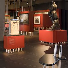http://static.dezeen.com/uploads/2009/08/maritiem-museum-exhibition-by-tjep.jpg