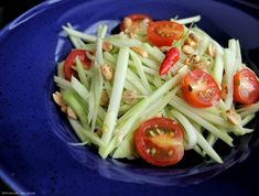 Most Thai restaurants in Toronto have green mango salad in their menu as their Thai salad option. So when we first visited Thailand 5 years ago, we were surprised to find out that most restaurants here don't actually have mango salad as an option. Here in Thailand, they love their green papaya salad. You …