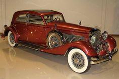 """1933 Duesenberg Model J """"Queen of Diamonds"""" Franay Sports Berline Sedan"""