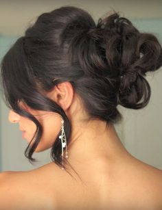This amazing updo will look like you got your hair done at a professional salon. Absolutely gorgeous!