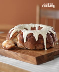 Hosting hungry guests? Serve this tasty pull-apart bread. Just 15 minutes of prep time and you're free to enjoy the company of your loved ones. Tap or click photo for this Cinnamon Pull-Apart Bread #recipe.