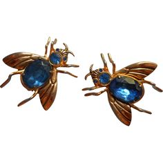 Coro Pegasus Pair Insect Bee Pin Pins Vintage Blue Signed