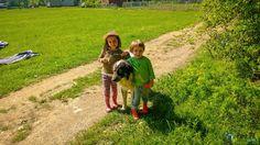 2 copii și un cățel Couple Photos, Couples, Couple Shots, Couple Photography, Couple, Couple Pictures