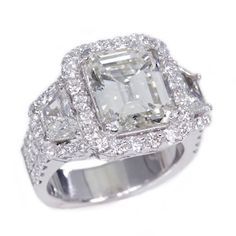 18K White Gold 5.18Ct Emerald Cut Diamond Engagement Ring
