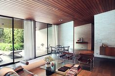 Architect-designed house for sale in Wahroonga. Gissing House by Harry Seidler: Water Street, Wahroonga, Sydney, NSW 2076 Australia Cabinet D Architecture, Interior Architecture, Australian Architecture, Modern Interior, Interior And Exterior, Interior Design, Interior Detailing, Mid-century Modern, Modern Design