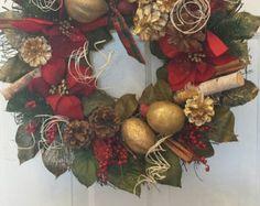 Christmas wreath / holiday wreath / front door wreath / door wreath / front decor