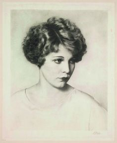 The politics of hair - from the 'Henry VIII pageboy' to Twenties bobs - American film star Muriel Evans snubs centuries of tradition by sporting shorn hair, 1928 | History Extra
