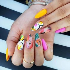 Black nail designs can be classy and elegant or daring and edgy. Black and white nail designs are a great way to express oneself. Black nails are appropriate for a variety of occasions from a day… Tropical Nail Designs, Beach Nail Designs, White Nail Designs, Nail Art Designs, Summer Nail Designs, Turquoise Nail Designs, Tropical Nail Art, Bright Nail Designs, Nailed It