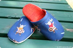 How to make slippers tutorial @ sewcando.com