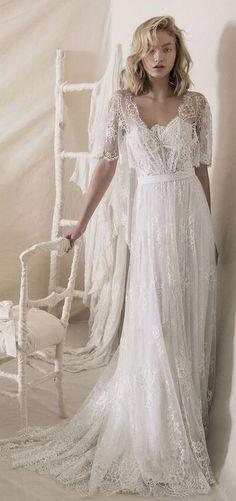 Lihi hod vintage wedding dress with lace #wedding #weddingdresses
