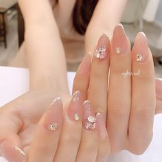 Natural Acrylic Nails, Cute Acrylic Nails, Cute Nails, Asian Nails, Korean Nails, Bling Nail Art, Glitter Nail Art, Bride Nails, Wedding Nails