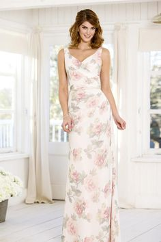 Gorgeous flattering floral bridesmaid dress has a v-neckline fluid silhouette. The pretty floral print features dusty hues of beautiful blooms, exclusive to True Bride, which can be layered over any available shade in the True Bride palette. This subtle print is soft and pretty, adding romance to any bridal party! ♥️