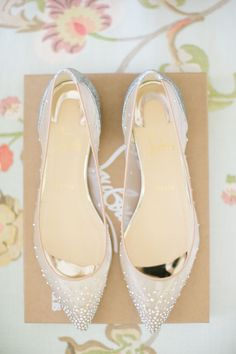 Sheer pointed toe Louboutin flats: http://www.stylemepretty.com/2016/06/30/a-wedding-that-proves-going-green-can-be-oh-so-chic/ | Photography: Kallima Photography - http://www.kallimaphotography.com/
