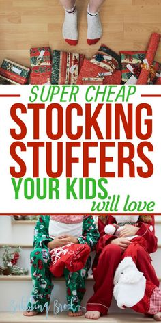 Stocking stuffer ideas that your whole family will love. These are great ideas for what to put in Christmas stockings if you're a frugal mom or on a budget! Cheap Christmas Gifts, Christmas On A Budget, Christmas Mom, Handmade Christmas Gifts, Cheap Christmas Stockings, Christmas Wrapping, Christmas 2019, Christmas Recipes, Christmas Presents