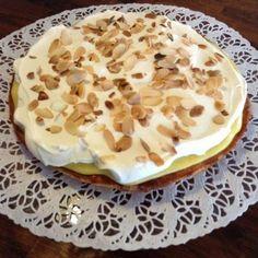 Nöttårta med vaniljkräm