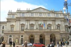 Teatro alla Scala Fotografía: Rebeca Pizarro Mansions, House Styles, Home Decor, Hu Ge, Cemetery, Theater, Castles, Gardens, Decoration Home