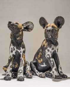 Award winning animal sculptor, Nick Mackman, explains the process behind her latest wild dog pup sculpture, a very special animal sculpture commission. Ceramic Sculpture Figurative, Sculpture Clay, Pottery Animals, Ceramic Animals, Soapstone Carving, African Wild Dog, Super Cute Animals, Wild Dogs, Equine Art