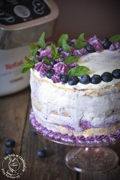 Tort bezowo-jagodowy, beza, z białek, krem jagodowy na kremówce, Tefal Companion, deser Gorgeous Cakes, Dessert Recipes, Desserts, Cooking Recipes, Pudding, Sweets, Food, Decorating, Pies