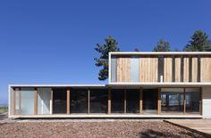 Casa Aguas Claras / Ramon Coz + Benjamin Ortiz