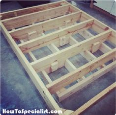 This step by step woodworking project is about floating queen size platform bed plans. If you want to enhance the look of your bedroom, you should consider building a floating bed. Floating Platform Bed, Floating Bed Frame, Bed Frame Plans, Diy Bed Frame, Bed Frames, Diy Queen Bed Frame, Murphy Bed Ikea, Murphy Bed Plans, Queen Size Platform Bed