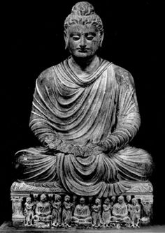 Shakyamuni Understood in a general manner, this image demonstrates that based on the teaching of the Buddha Shakyamuni, paying respect to all Buddhas of the Past, present and future, one can attain their own enlightenment