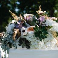 Beach Wedding Centerpieces, Our Wedding, Wedding Ideas, Beautiful Beaches, Hydrangea, Floral Design, Floral Wreath, Wood Flowers, Anemones
