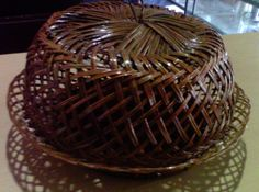 Place cake woven from palm leaves Trunk