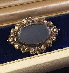 LARGE Victorian Gold Mourning Pin Hair Momento Mori Brooch ATQ Estate Civil War