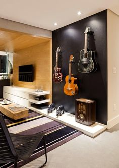 Creative Music Bedroom Design Ideas That Suitable For Musician Home Music Rooms, Music Bedroom, Music Studio Room, Bedroom Decor, Home Interior, Interior Design, Deco Studio, Guitar Room, Guitar Wall