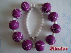 Fialové korále s bílými čárkami doplněny bílými korálky. Bracelets, Jewelry, Fimo, Bangles, Jewlery, Jewels, Bracelet, Jewerly, Jewelery
